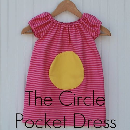 Circle pocket dress label