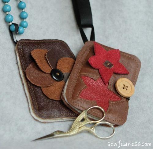 Needlebooks-and-scissors