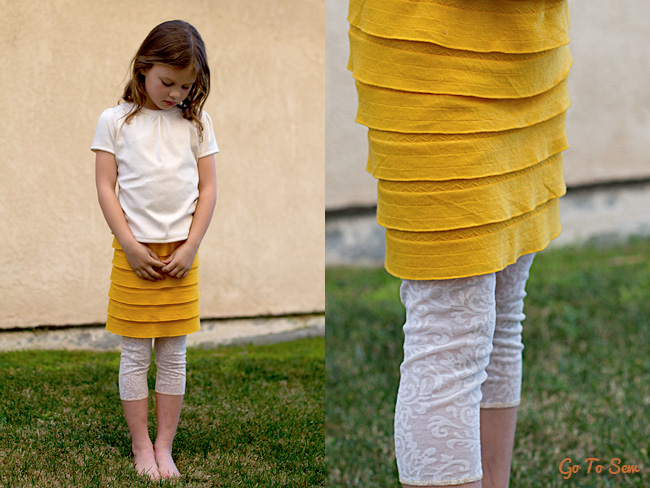 Ruffle knit skirt with lace leggings #tutorial